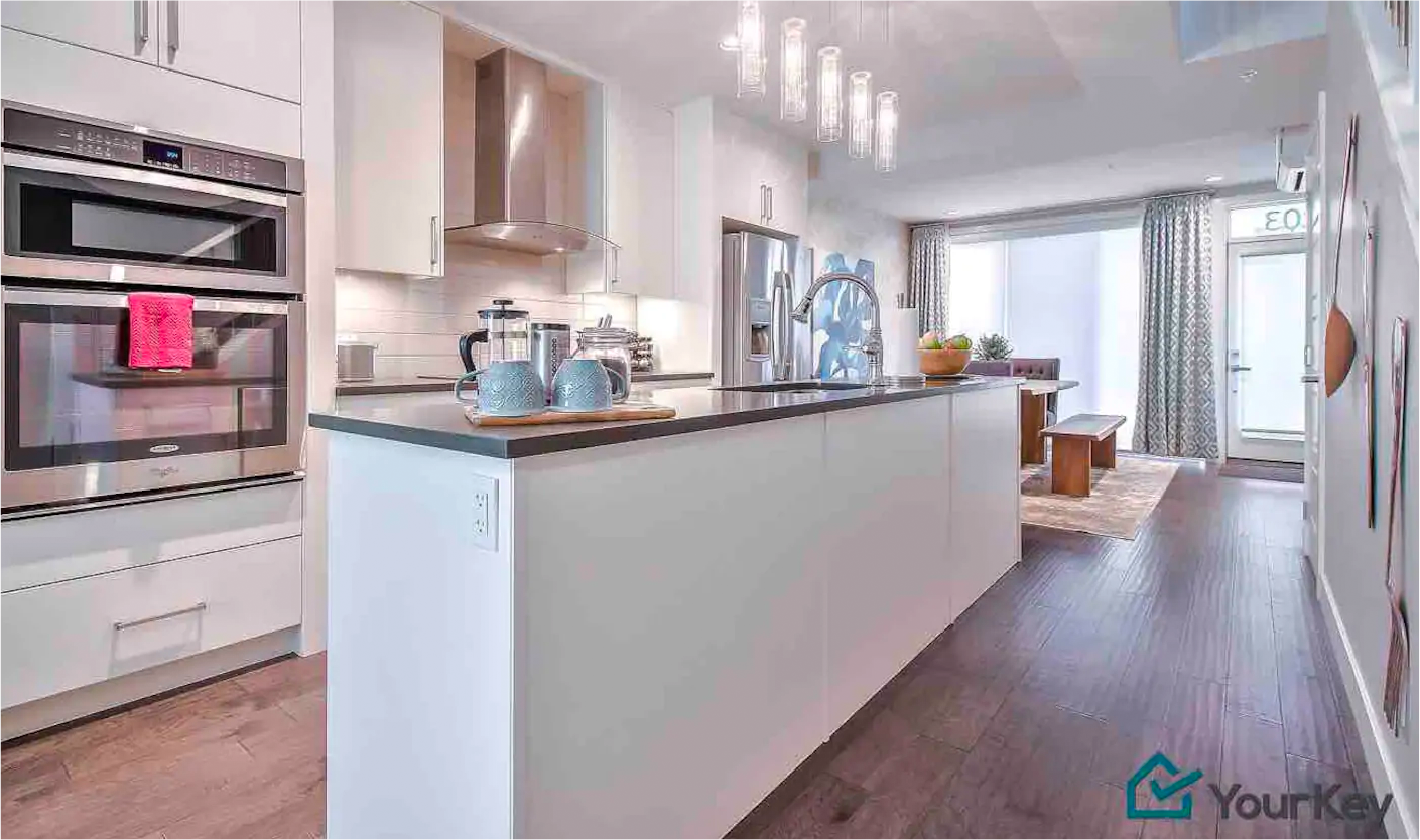 Stylish 3 Level Home + Private Rooftop & Parking!